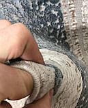 Строгий классический плотный шелковый ковер с синим рисунком и бежевым фоном, фото 6