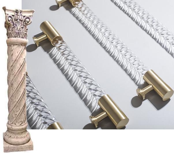 Ручка скоба рейлинг похожа на классическую колонну