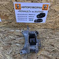 Подушка кронштейн коробки передач Renault Megane 3 Scenic III 09-15р. (Опора кпп Рено Меган сценік) 112219816r