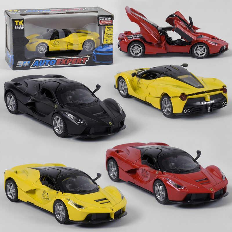 """Машинка 54802 (72)  """"Auto Expert"""", 3 цвета, инерция, свет, звук, открываются двери, в коробке"""