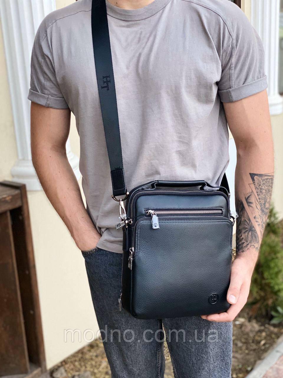 Мужская кожаная вместительная сумка на и через плечо H.T. Leather