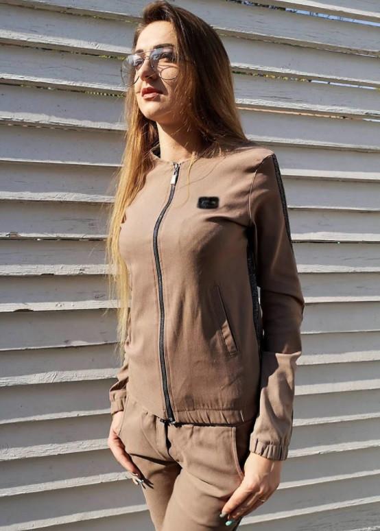 Стильный прогулочный костюм женский Adwant
