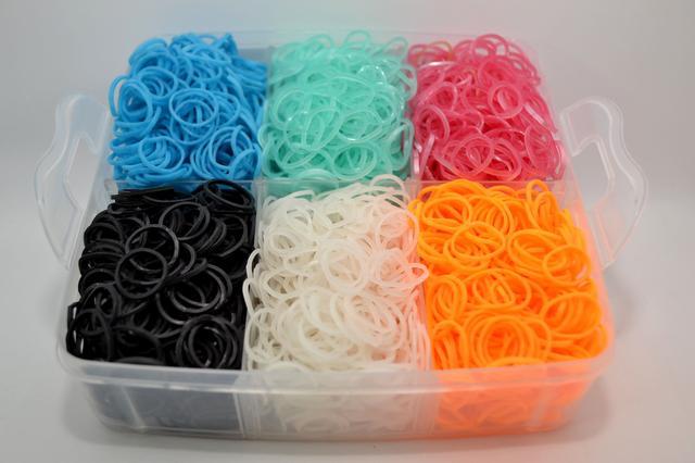 резинок для плетіння в ярусі