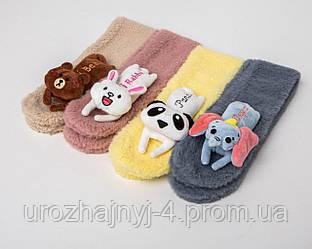 Шарфик для малышей вязанный, с игрушкой на шарфе
