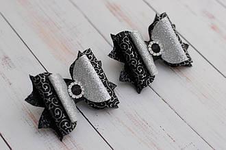 Бантики из экокожи черно-серебристые