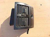 Дефлектор обдува задних сидений