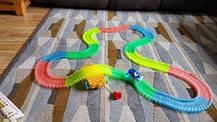 Детская развивающая гоночная трасса Magic Tracks 220 | Гоночная трасса, которая светится, фото 3