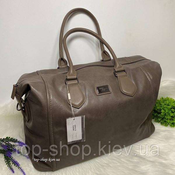 Дорожня сумка з плечовим ременем David Jones коричневая