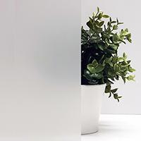 Декоративная плёнка Matt White Sun Control для стеклянных перегородок. Ширина рулона 1,524 (цена за кв.м.)