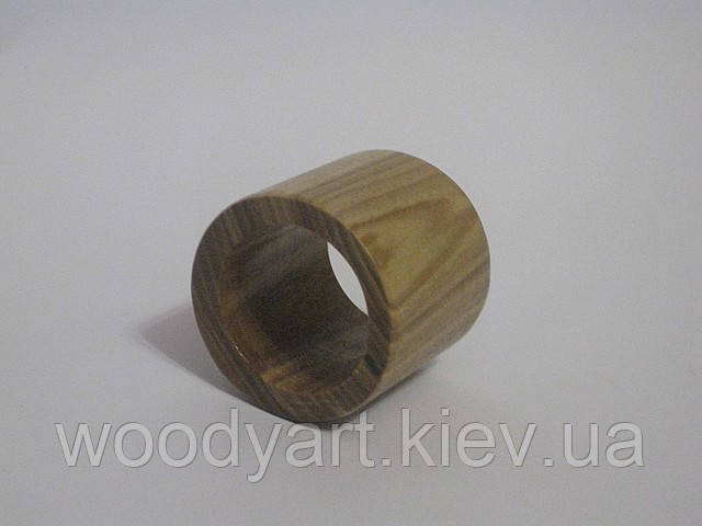 Кільце для серветок з дерева