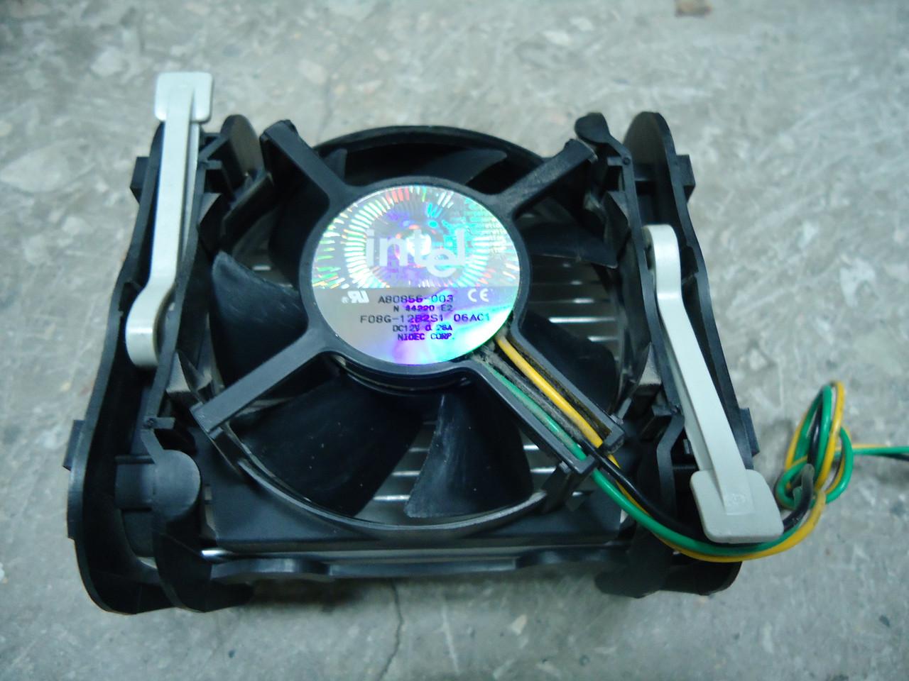 Процессорный кулер Intel под socket 478 оригинал
