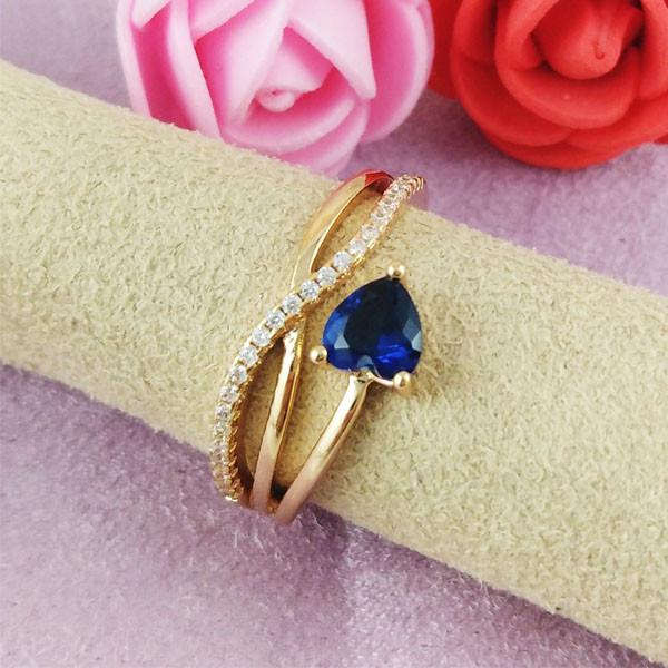 Кольцо Xuping Jewelry размер 18 Элис синий медицинское золото позолота 18К А/В 2-0253