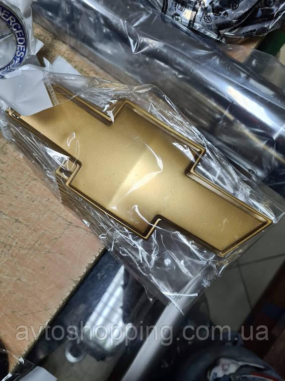 Эмблема на капот,багажник Шевроле CHEVROLET Captiva Каптива