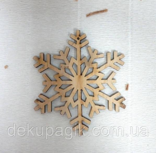 Подвеска Снежинка №11, 10см