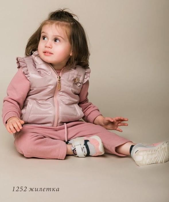 Плащевая жилетка цвет пудра для малышки тм Baby Angel р-ры 86,92
