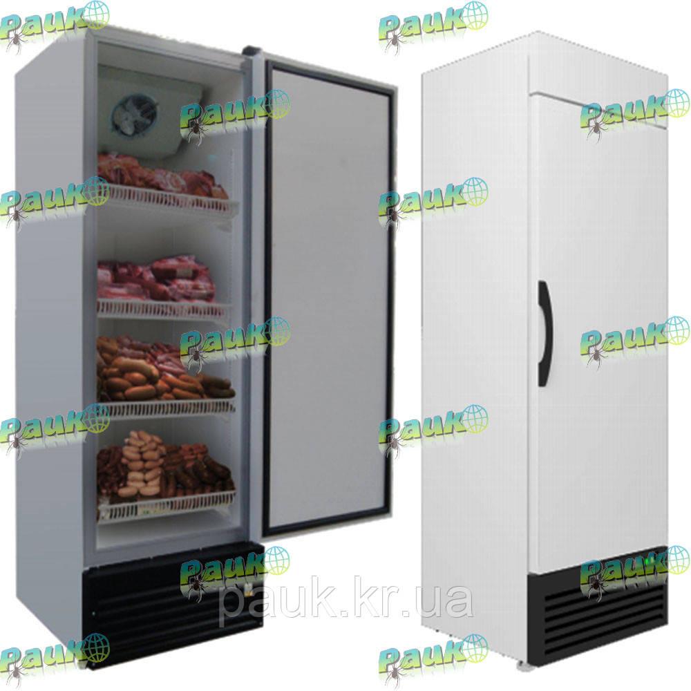 Холодильна шафа на 712 літрів з глухими дверима
