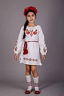 Вышитое платье для девочки с розами Зорянка
