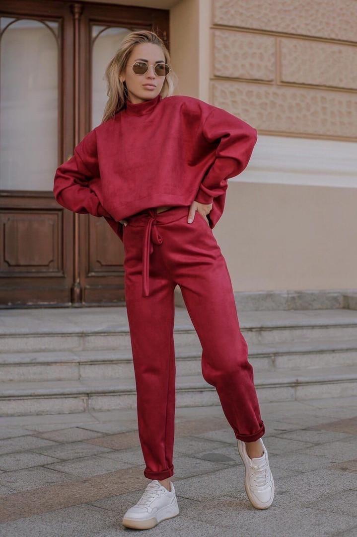 Женский спортивный замшевый костюм размеры 42-50 бордовый