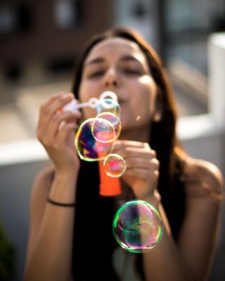 Надувайте мыльные пузыри перед сном