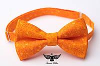 Бабочка оранжевые цветочки