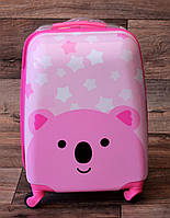 Детский чемодан пластиковый на колёсах