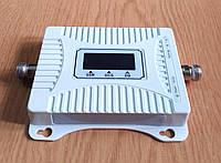 Трьохдіапазонний репітер підсилювач KD-1565-GDW 2G/3G/4G (900/1800/2100 МГц) c дисплеєм, 200-300 кв. м.