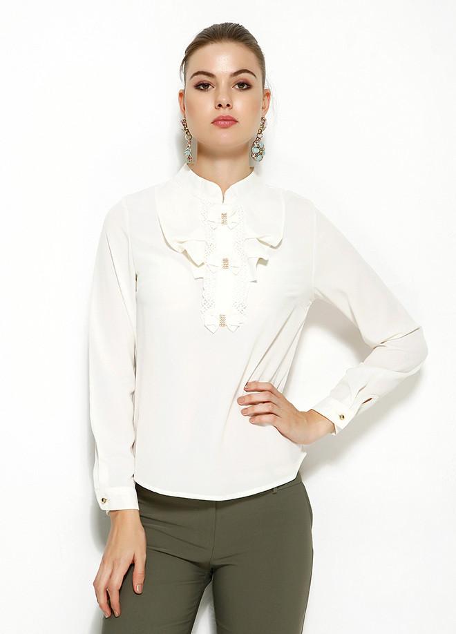 Біла жіноча блузка MA&GI з жабо