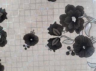 Черные цветочки