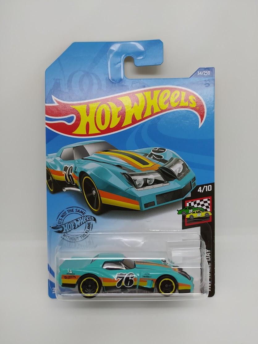 Машинка Hot Wheels '76 GREENWOOD CORVETTE