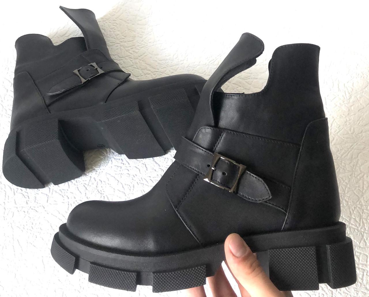 Diesel чорні напівчеревики, Жіночі зимові шкіряні черевики низький хід на масивній підошві