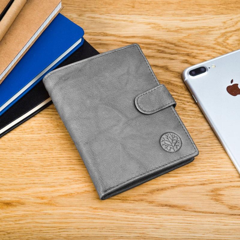 Чоловічий шкіряний гаманець Betlewski з RFID 13 х 10 х 2,5 (BPM-GTAN-64) - сірий