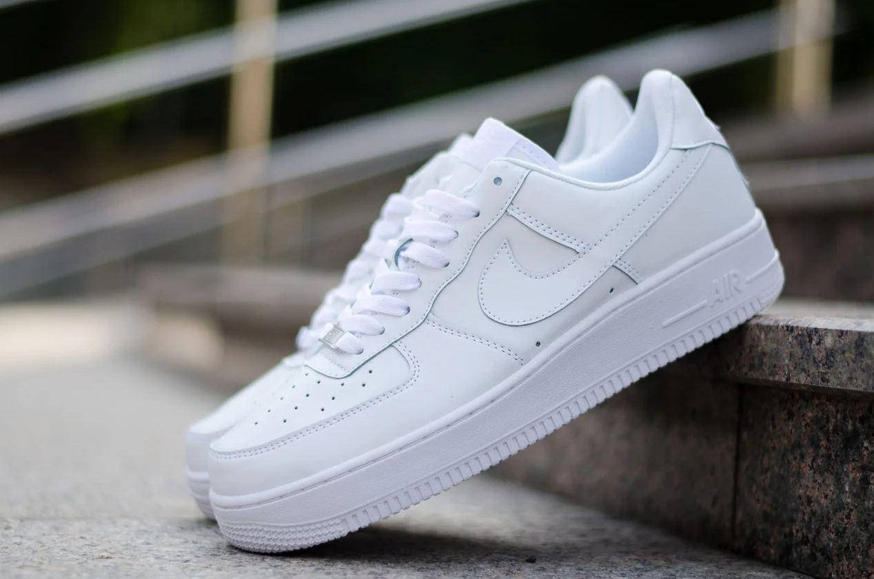 Кроссовки мужские Nike Air Force 1 в стиле найк форсы белые (Реплика ААА+)