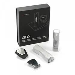 Набір аксесуарів для салону Audi Display Cleaner and Interior Fragrance Set артикул 80A057800