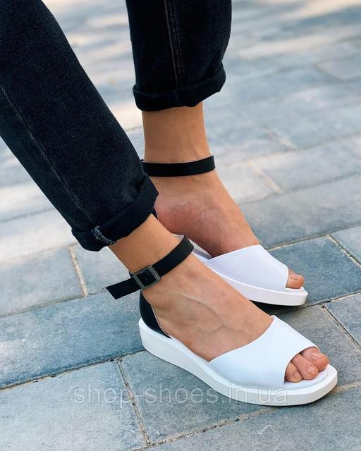 Жіночі босоніжки, сандалі