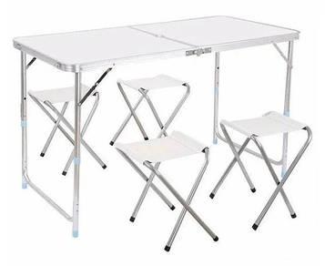 Туристический складной стол + 4 стульчика