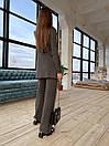 Вязаный женский костюм с брюками клеш и удлиненной кофтой с воротником 83ks1103, фото 5