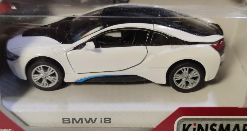 Машинка модель из металла 1:32 BMW i8 белая