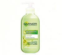 Очищающая гель-пенка для умывания для нормальной и смешанной кожи Основной Уход Garnier Skin Naturals