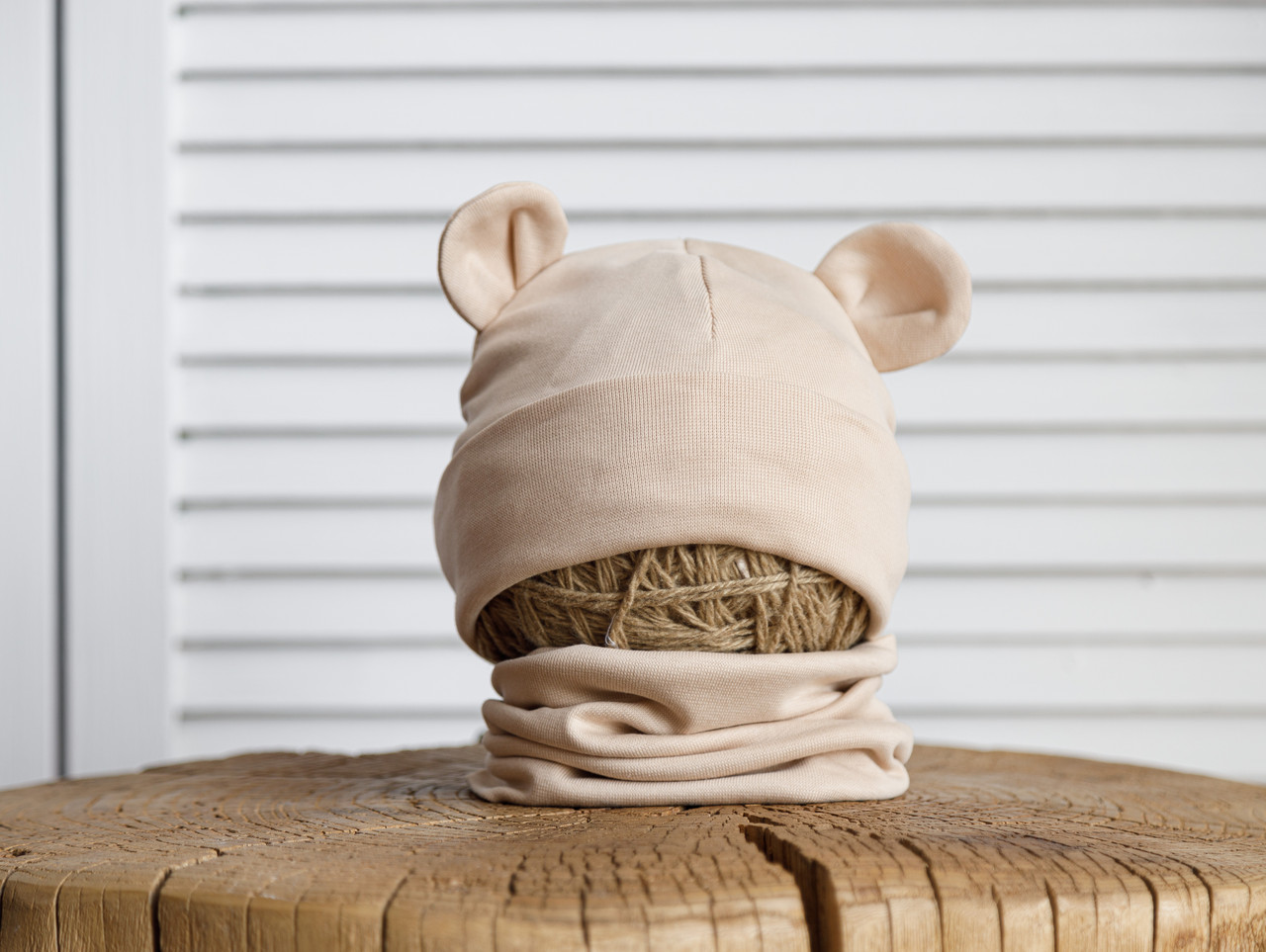 "Набор шапка с манишкой ""Bruin"", бежевая"