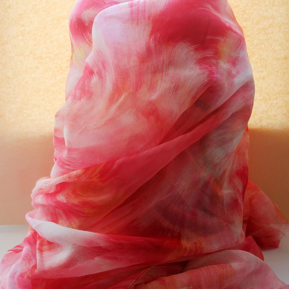 Розовый шарфик из вискозы
