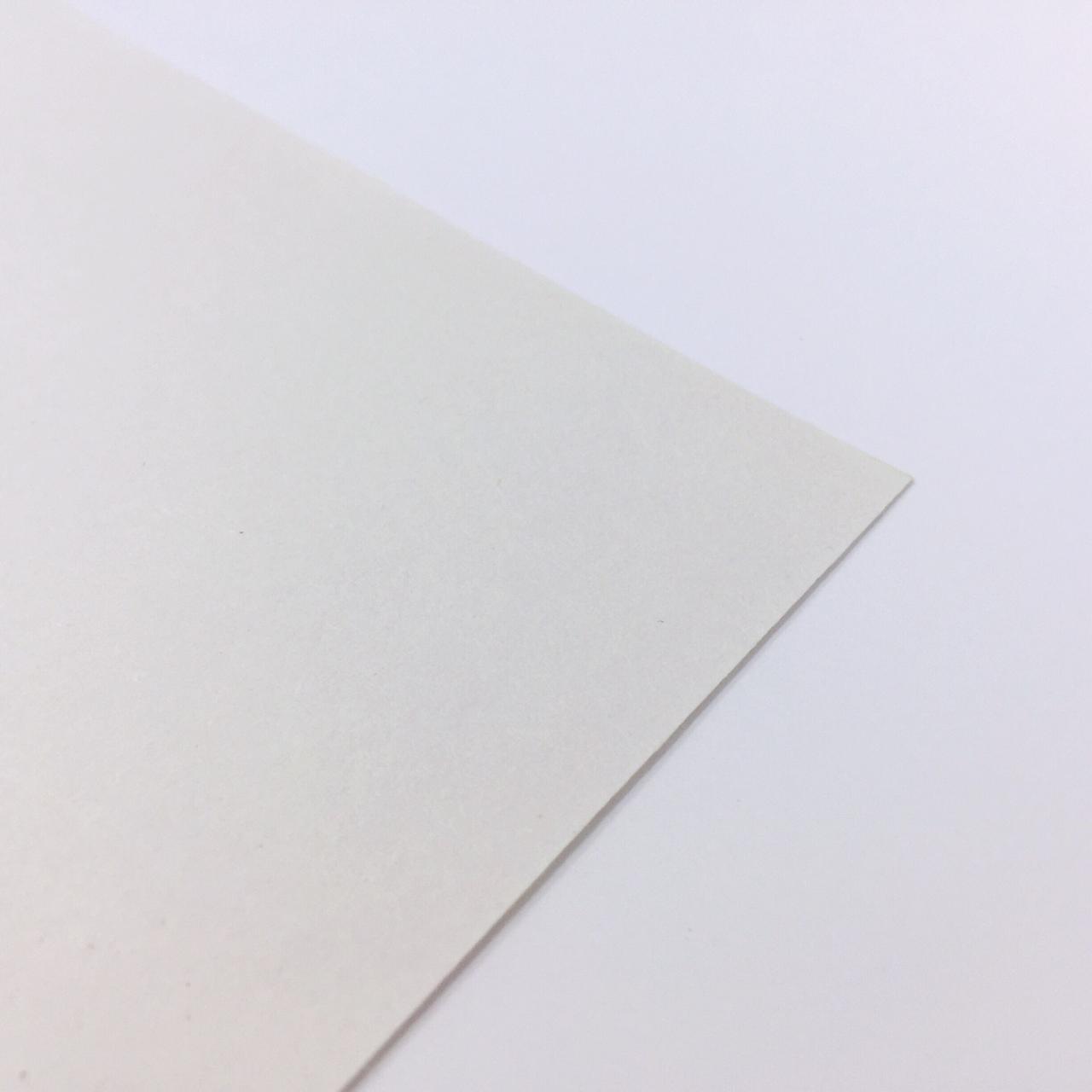 Бумага для плотера газетная  пл-ть 60 гр/м2 ширина 182см (рул.30кг-257м) Италия