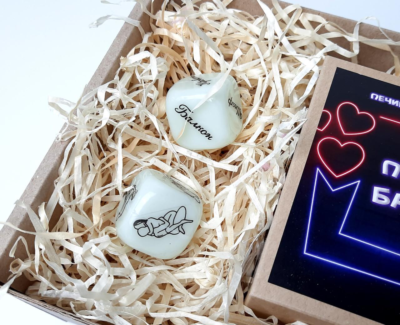 """Набор-игра """"Поиграем?"""": печенье с сексуальными заданиями для двоих и игральные кости с позами любви - фото 5"""