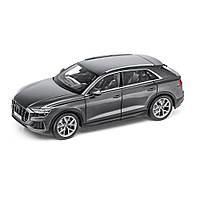 Модель автомобиля Audi Q8, Samurai Grey, Scale 1:18, артикул 5011708651