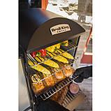 Коптильня газовая вертикальная с крючками и решеткой для мяса и термометром в черном цвете Broil King 923613, фото 6