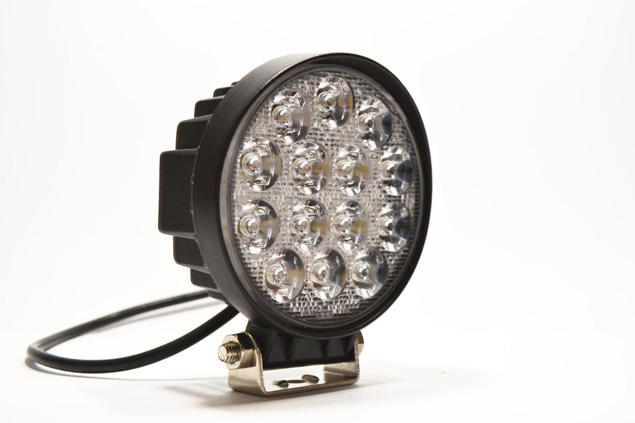 Світлодіодна LED фара робоча 42W/60° 42 Вт.(3Вт*14ламп) Вузький промінь