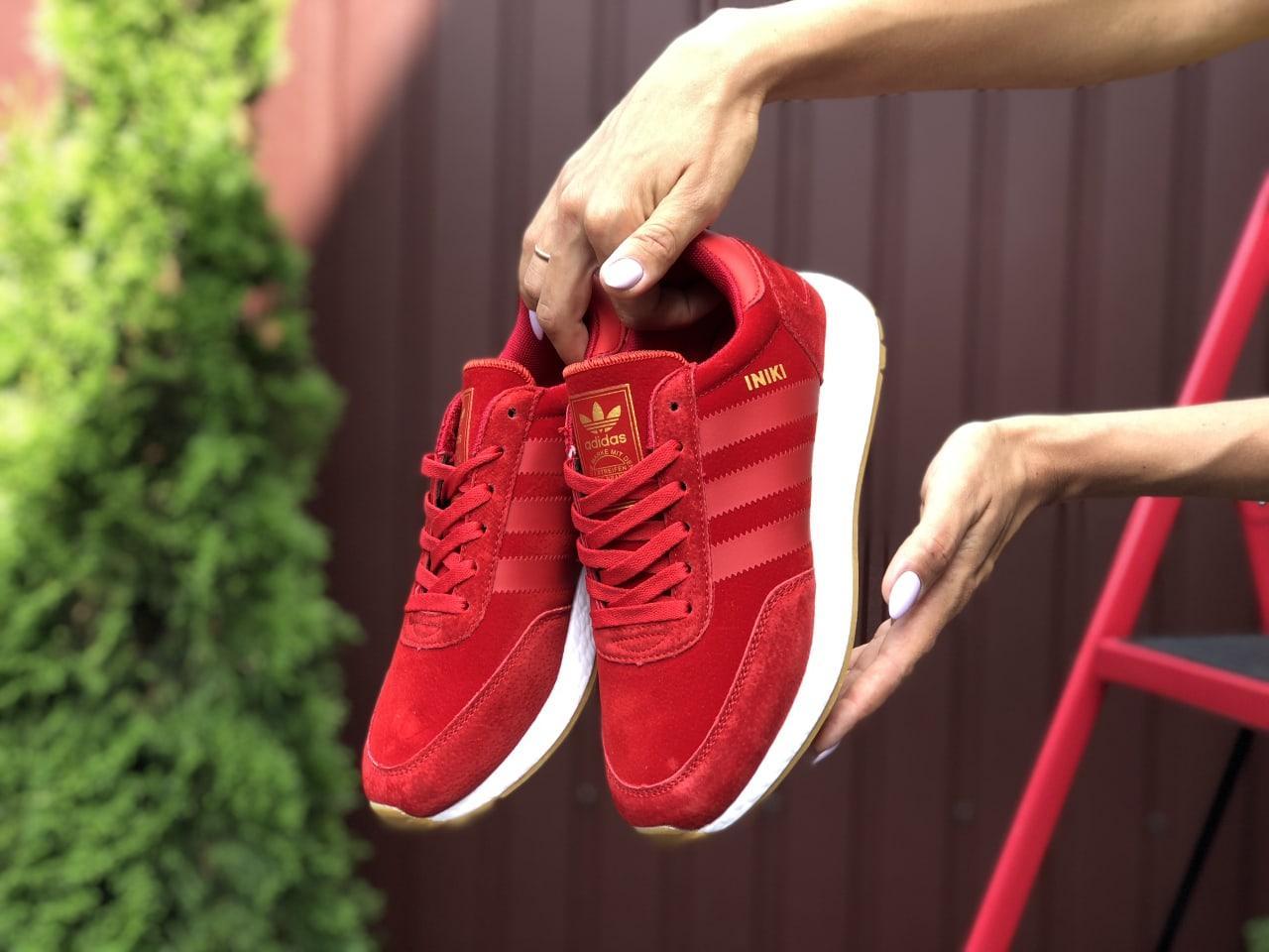 Стильные женские кроссовки красного цвета с 36 по 41 размер