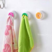 Клипса - держатель для кухонных полотенец на самоклеющейся основе, фото 1