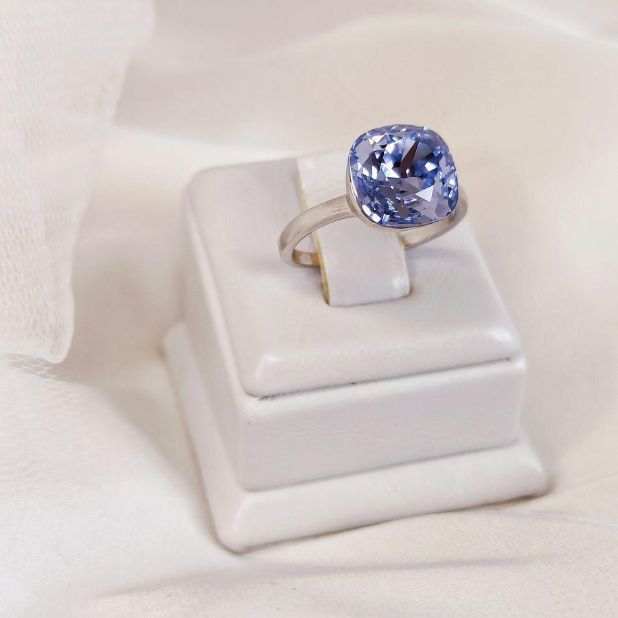 Кольцо с сиреневым квадратным камнем KH01  AN