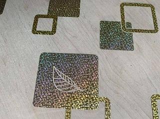 Золотистые квадраты