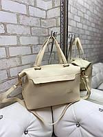 Большая женская сумка на плечо бежевая модная городская саквояж шоппер брендовая кожзам, фото 1